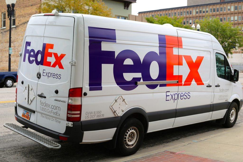 Vehiculo FedEx